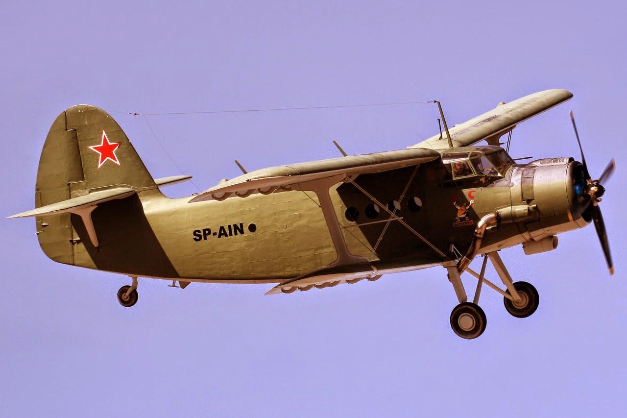 الطائرة التي تطير إلى الخلف .. قصة أغرب طائرة في العالم Antonov_An-2_SP-AIN_(8440879513)