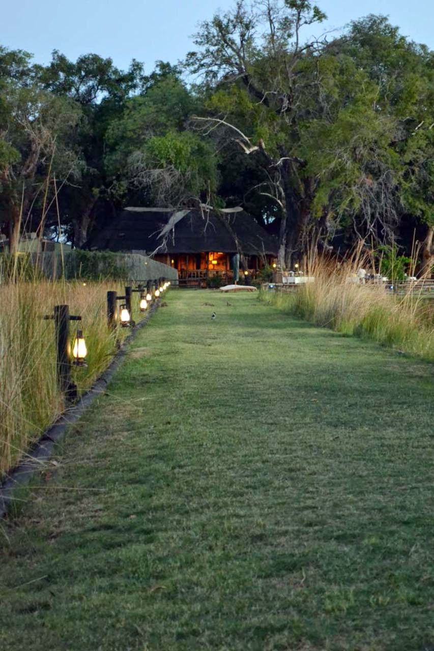 Botswana Belmond Eagle Island Lodge
