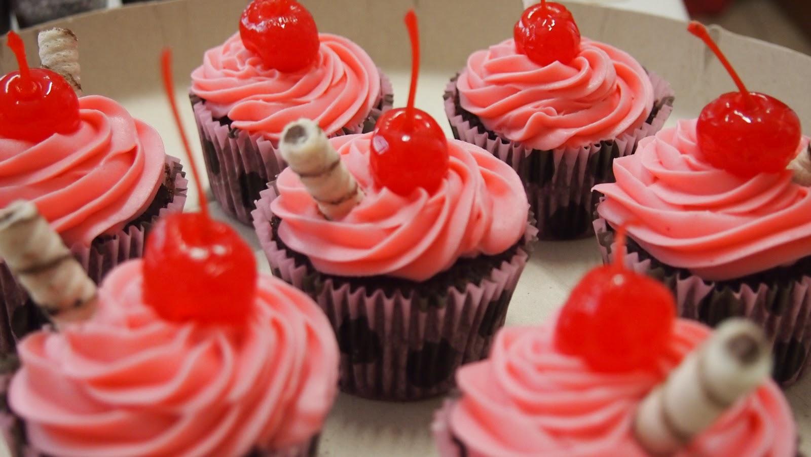 Elsa doces 19 98187 4830 boneca jolie cupcakes - Jolie cupcake ...