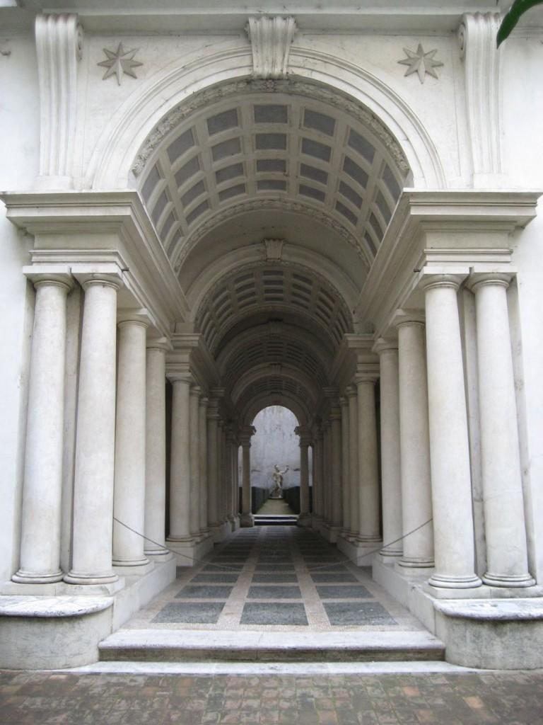 Arte in classe prospettiva centrale for Architetto italiano famoso