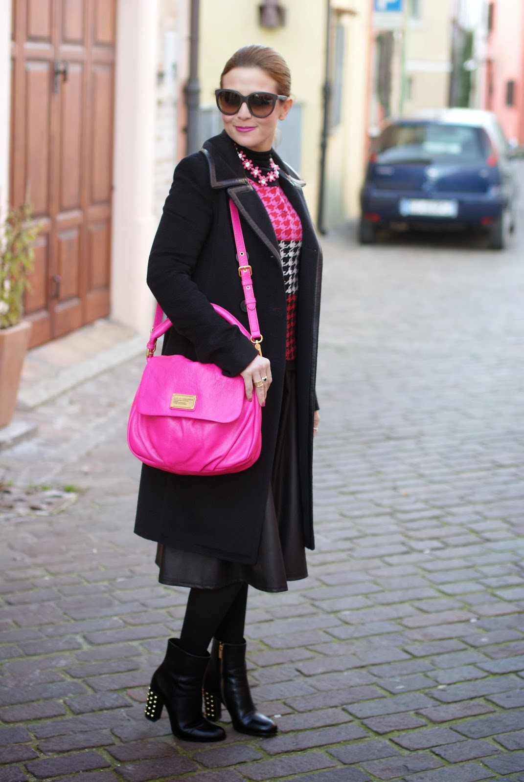 Marc by Marc Jacobs lil ukita pink bag, balenciaga coat, michael kors linden boots, fashion and cookies, fashion blogger