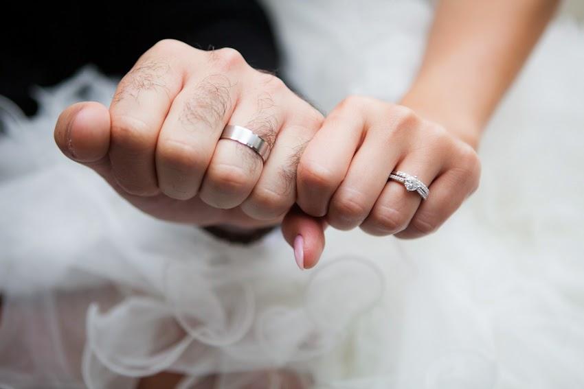 Увидеть кольцо на своей руке во сне