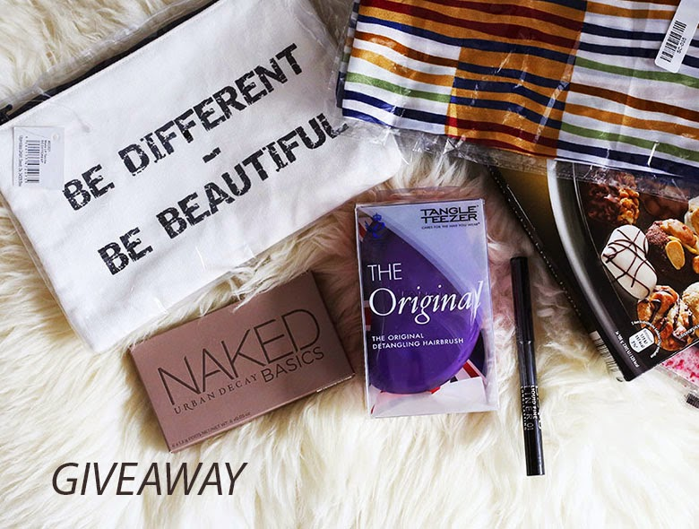 1 YEAR GIVEAWAY
