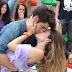 Malhação: Fatinha provoca Vitor e ele lhe beija.
