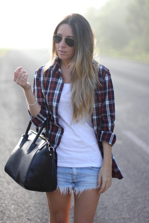 Fashion blogger wearing plaid shirt burgundy colour