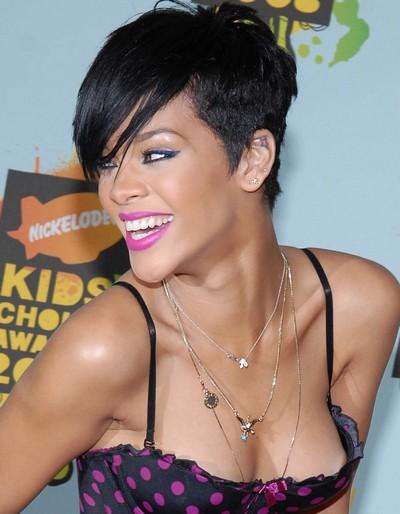 Rihanna, sexy hot