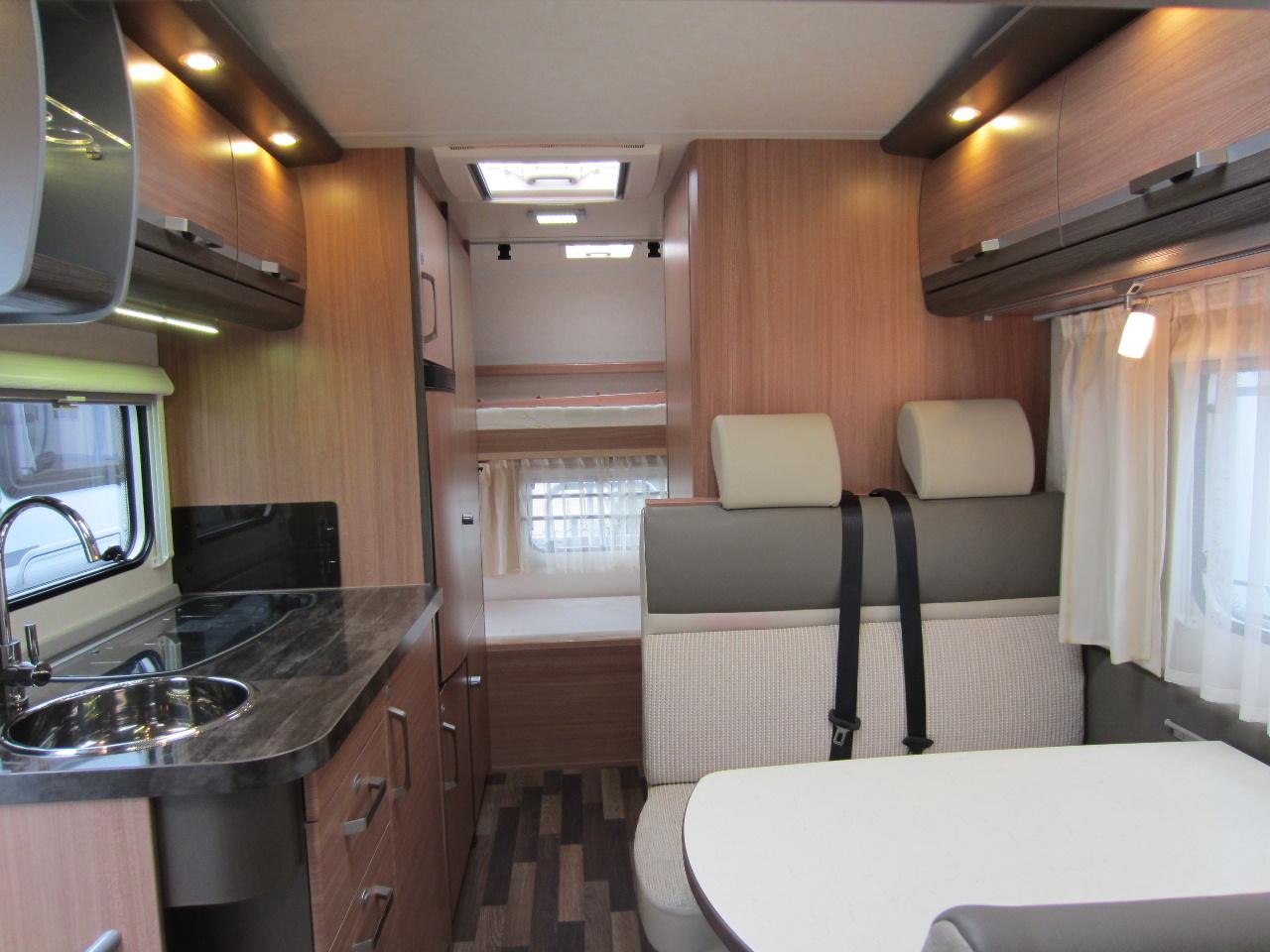 dream13cars knaus sky traveller 600 dkg good structure. Black Bedroom Furniture Sets. Home Design Ideas