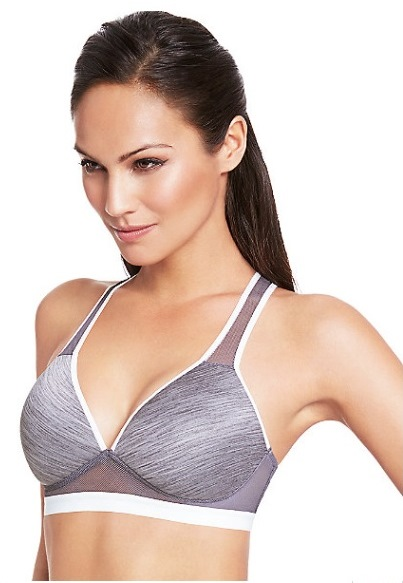 Jul 09,  · From the comfortable wirefree bra to the under wire bras and each is designed for you to wear this bra on certain occasions, from the sporty, active lady to the elegant sexy look or the classic tshirt bra perfect for wearing with t-shirts/5(40).