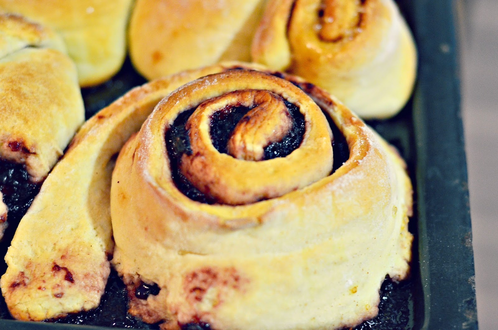 Best Cinnamon Roll Cake Recipe