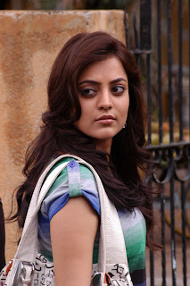 Nisha-Agarwal-Solo-Movie-Stills-CF-06.jpg