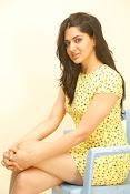 Sakshi chowdary sizzling pics-thumbnail-6