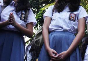 5 Siswi SMA Tolitoli Permainkan Cara Shalat