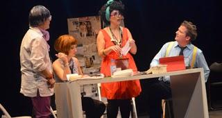 http://www.lavozdetalavera.com/noticia/39022/Talavera/Teatrerana-parodia-en-el-Victoria-el-exito-del-periodismo-rosa-y-sensacionalista.html).