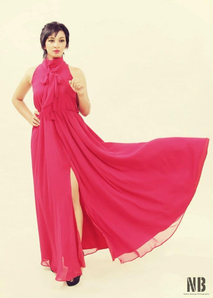 Soha Maryam red
