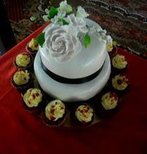 Mini Package-Wedding Fondant Cake + Red Velvet Cupcakes