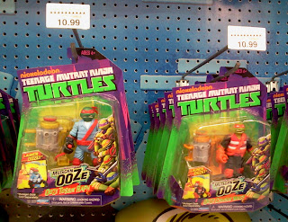 "Playmates Ninja Turtles ""Mutagen Ooze"" figures"