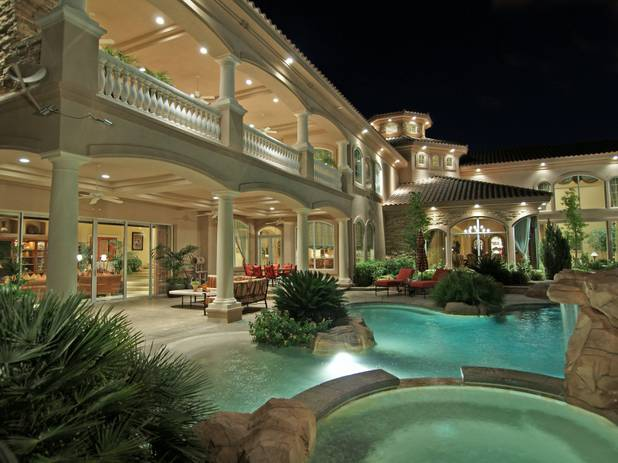 Test top 10 most expensive las vegas luxury homes sold in for Most luxurious house