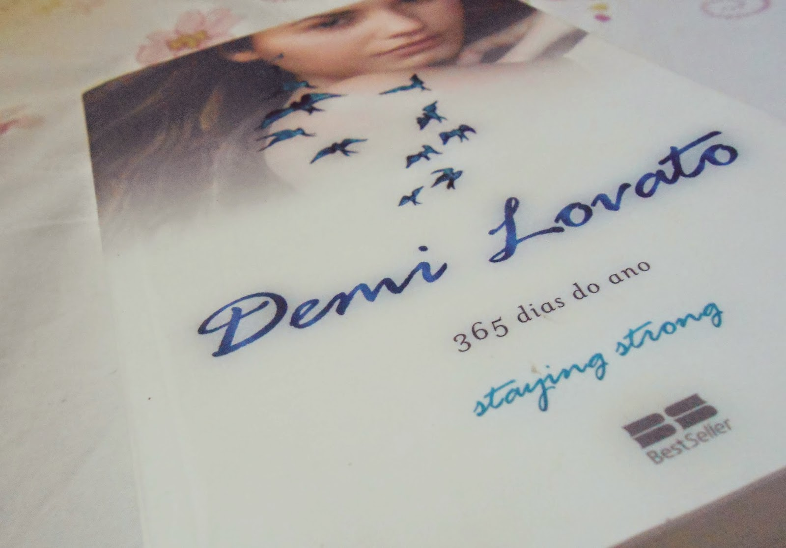 Resenha literária: Staying Strong