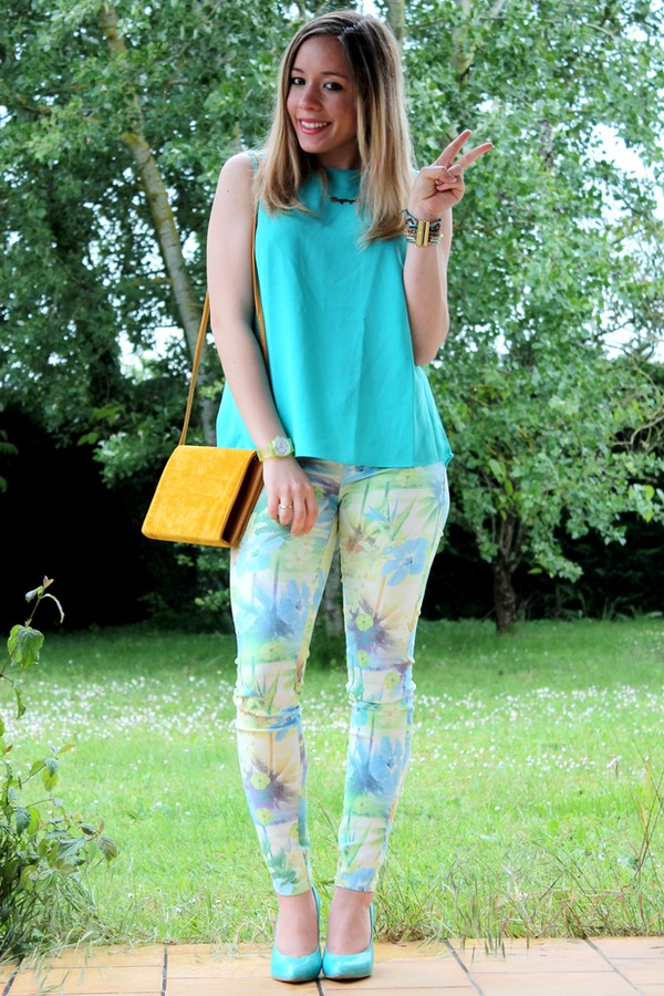 Tenue printemps tendance tropicale