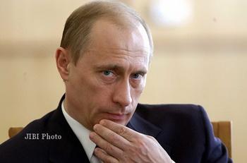 Presiden Rusia Vladimir Putin Mencuri Cincin Seharga Rp246 Juta