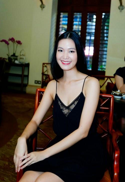 Người đẹp Trang Nhung, Thùy Dung làm nóng