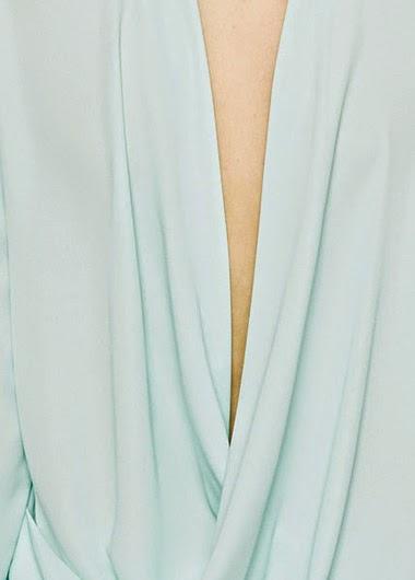 Blusa de Gasa con Abertura en la Espalda