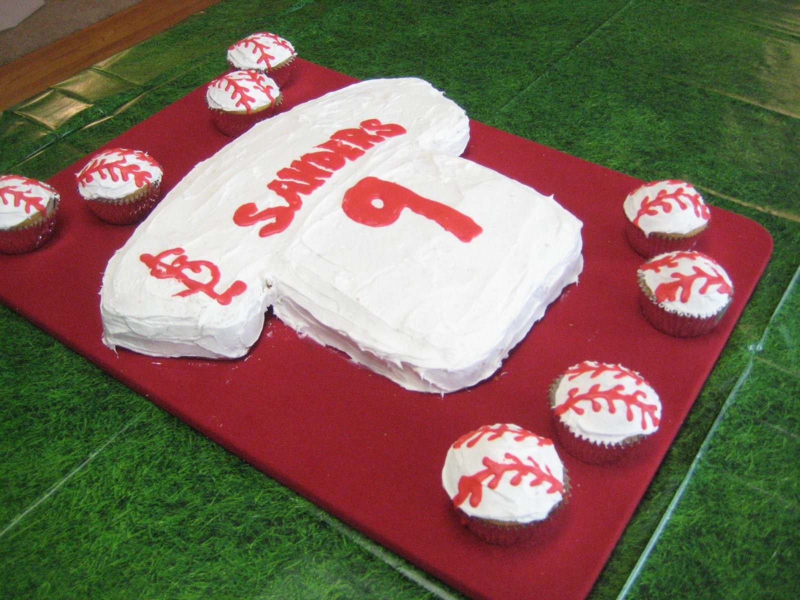 FamilyFoodCreativity Lets Play Ball St Louis Cardinals Baseball Themed Birthday Party