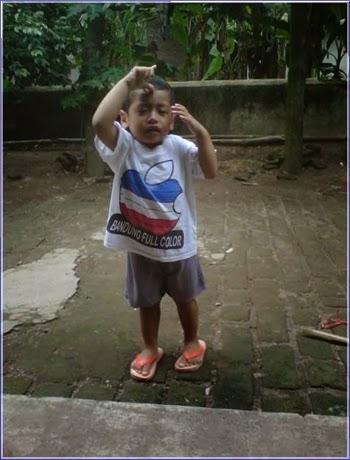 +Foto gambar anak kecil cowok bergaya dengan joget goyang oplosan lucu