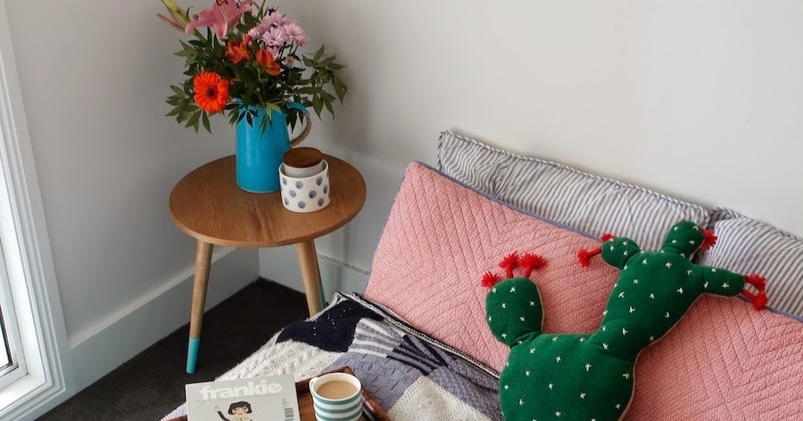 The Handmade Series // How To Knit A Blanket With Greta's Handcraft...
