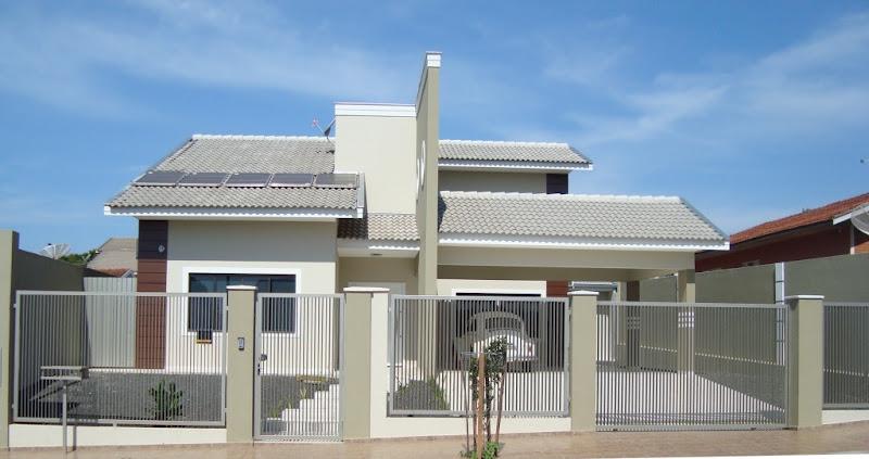 Casa localizado em Kaloré e pintada pelo profissional JORGE PINTOR