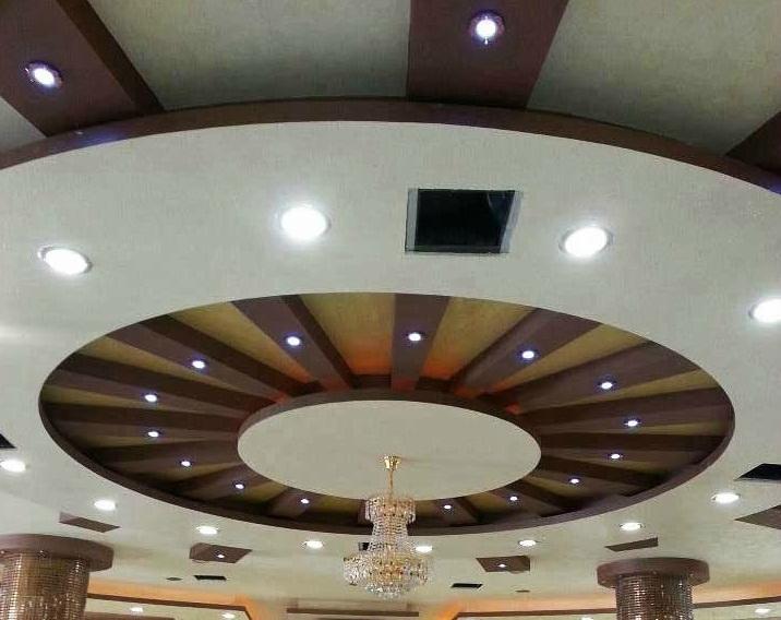 Le journal d 39 artisanat marocain photos de faux plafonds for Plafond en platre marocain