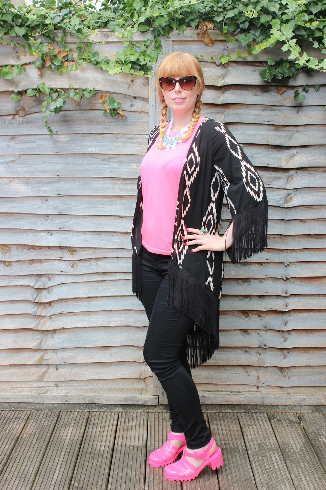 New Look aztec print kimono black and pink outfit