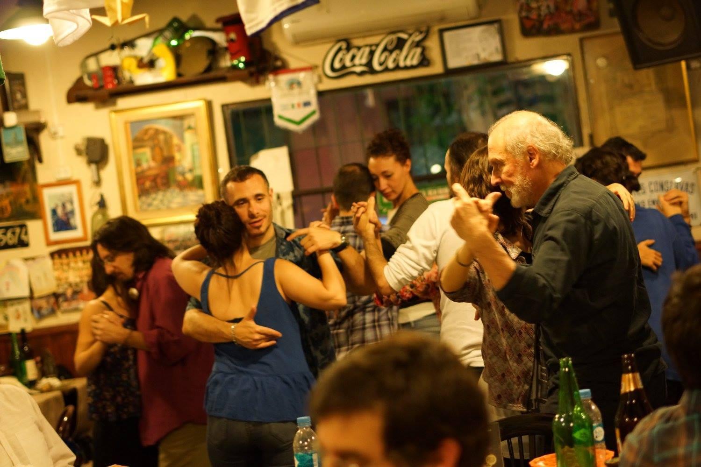 Domingo de Tango en El Viejo Buzón