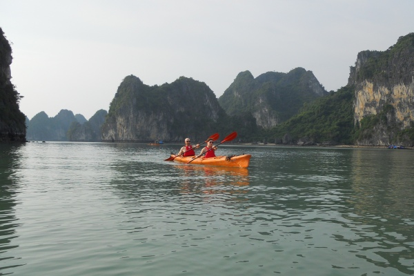 There be dragons – Halong Bay