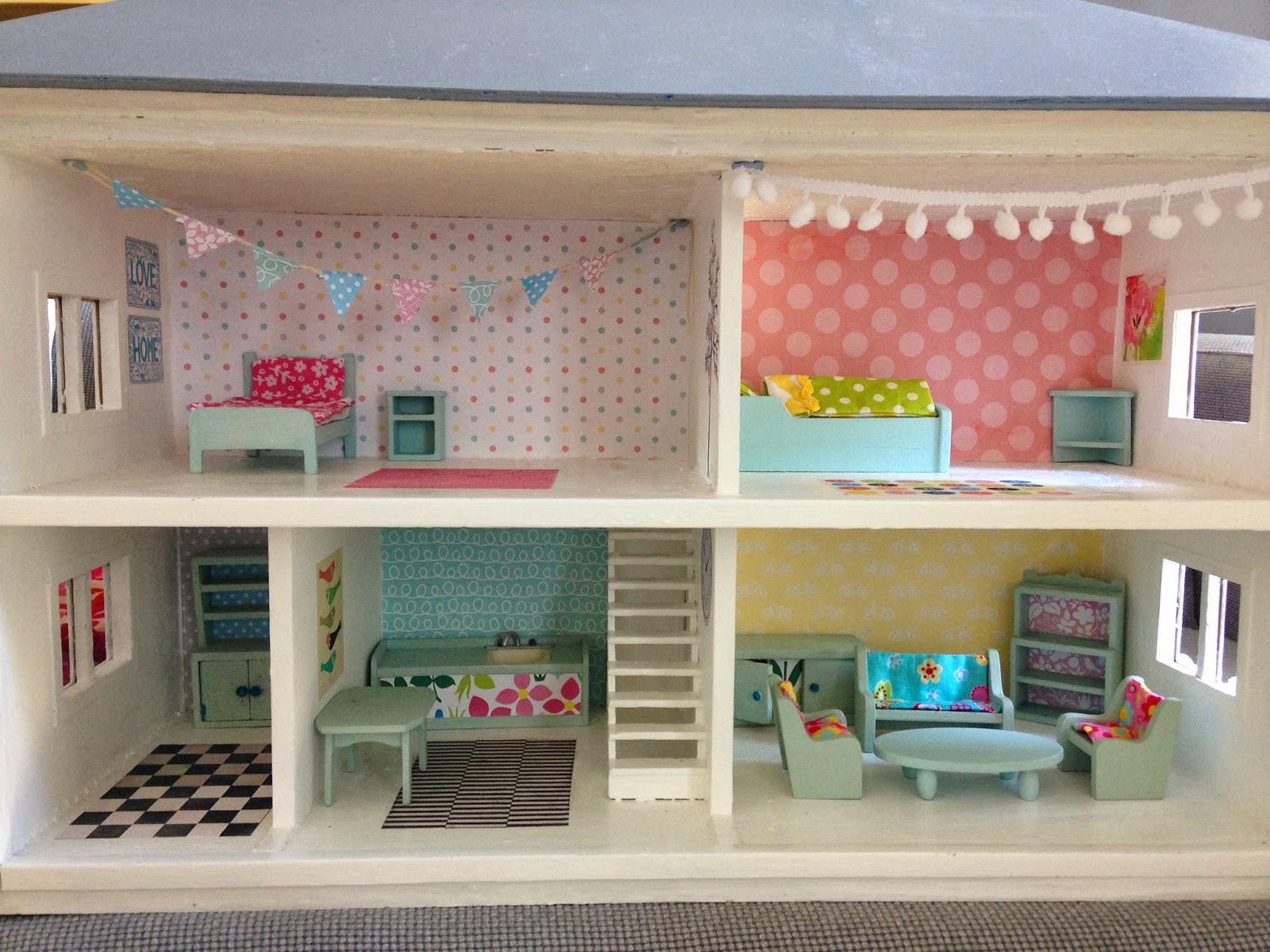 Peekaboo Make And Do Dolls House Makeover