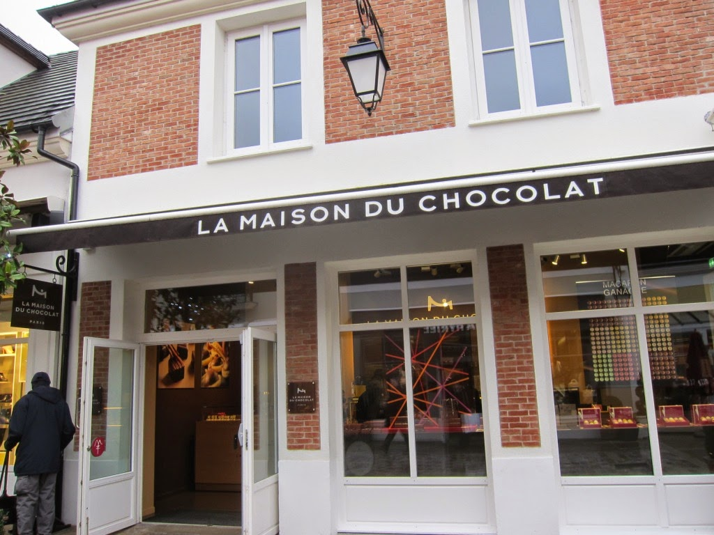 coley 39 s just saying la maison du chocolat 39 s ganache macarons. Black Bedroom Furniture Sets. Home Design Ideas