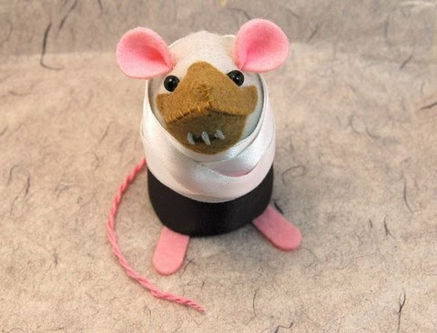 hannibal lecter mouse plush the silence of the lambs i ate his liver with some fava beans and a nice chianti
