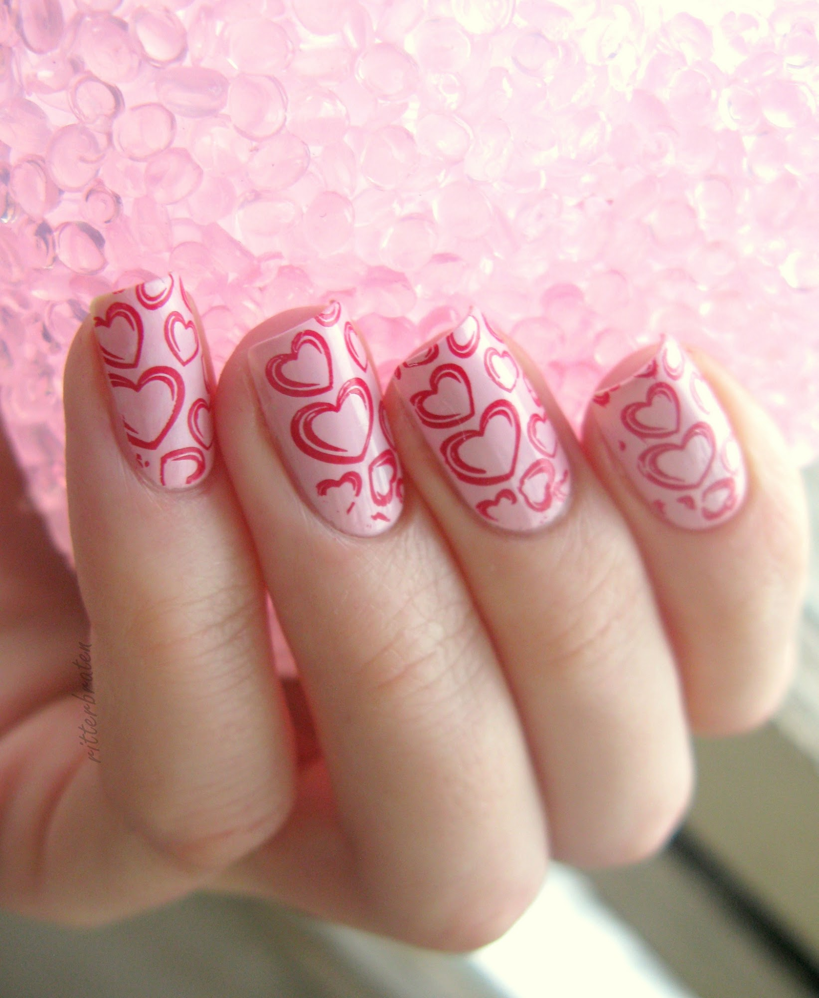 saint valentine's nails