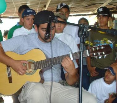 CARLOS FALCON MEJOR CONOCIDO COMO EL GORDO.TROVADOR SANAREÑO.