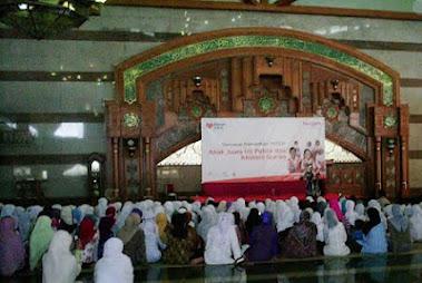 bersama sekitar 500 anak penghapal Al Qur'an