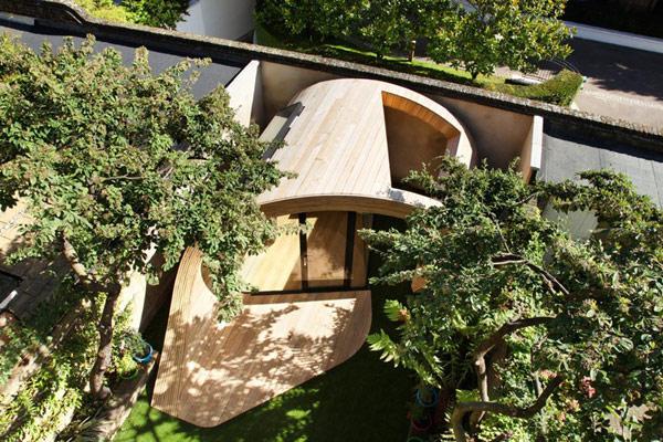 London-Pavilion-Garden-exterior-design