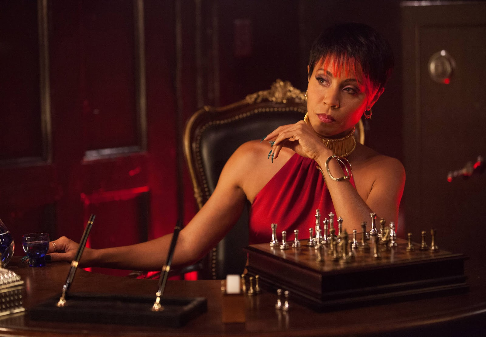 Gotham - Season 2 - Jada Pinkett Smith Returning for Multiple Episodes