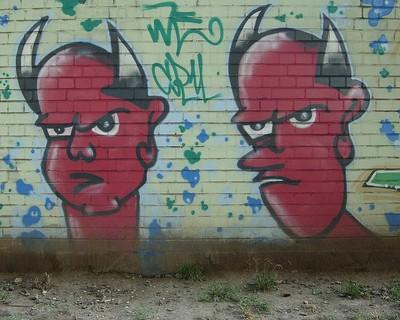at male fanden på væggen
