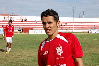 Vitor+Muribeca+-+meio-campista+(6).JPG (1600×1064)