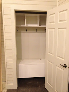 the maywood project: Tiled entryways & closet