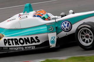 Jazeman Jaafar British F3 Carlin Motorsports