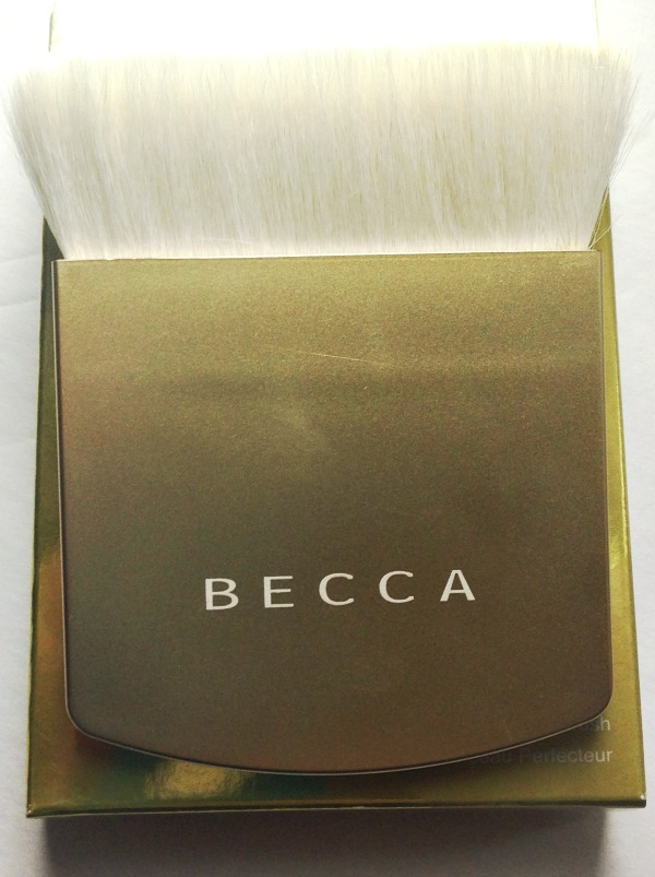 becca the one pefecting brush,amazing brushes,beauty bloggers