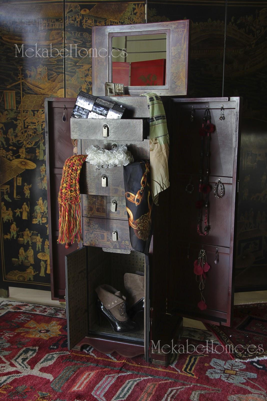 Muebles chinos en piel decorada mekabe home for Muebles chinos barcelona