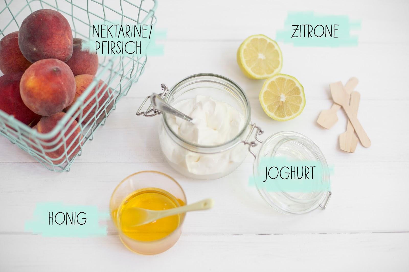 Frozen Yogurt mit Früchten Rezept