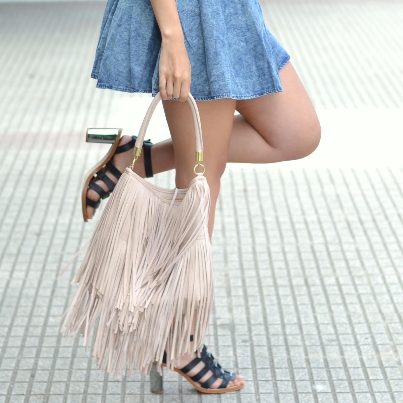 outfits pink fringe bag